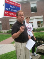 Assemblyman Thomas Abinanti took part in the rally.
