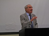 Dick Yaffa during a recent workshop. Claire Yaffa Photo