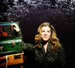 Acclaimed singer-songwriter Dar Williams is back in the area this weekend with a performance this Saturday night at the Irvington Town Hall Theater.