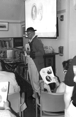 Pleasantville resident and retired Hendrick Hudson social studies teacher Dennis Corcoran, shown here leading a talk in Briarcliff last year, will be the guide for a Sept. 29 tour retracing the story of Benedict Arnold and John Andre.