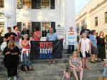 Putnam Residents Hold Vigil in Response to Charlottesville