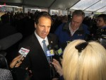 Cuomo Helps Regeneron Celebrate Facilities, Jobs Expansion